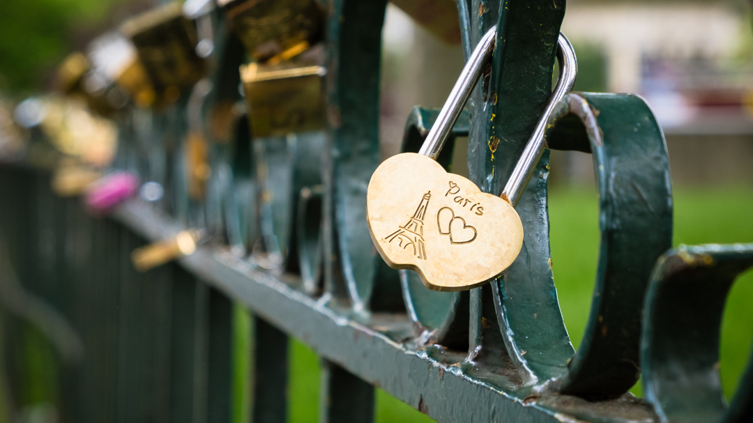 Paris Love Lock | Barbara Cameron | Food & Travel Photographer