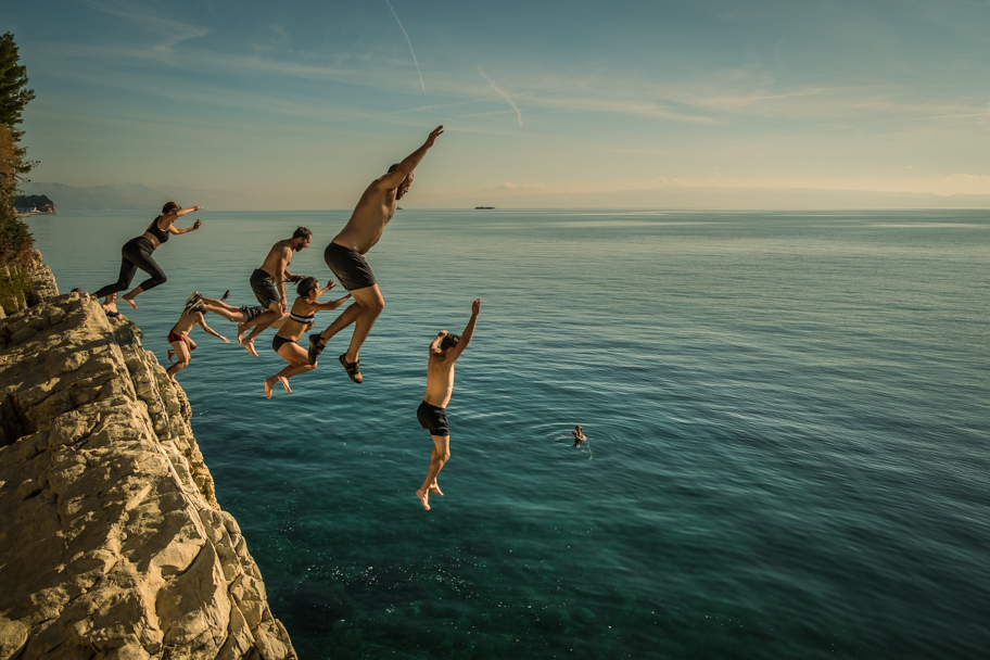 Cliff Jumping near Split, Croatia | Barbara Cameron | Food & Travel Photographer