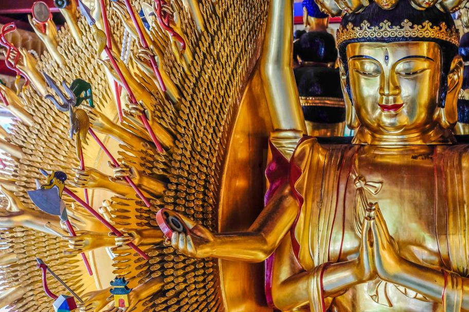 International Buddhist Society Temple, photo by Barbara Cameron Pix, Pro Photographer
